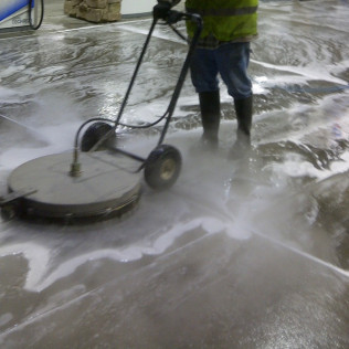Parking Lot Pressure Washing